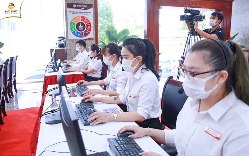 Đội ngũ nhân viên y tế chuyên nghiệp