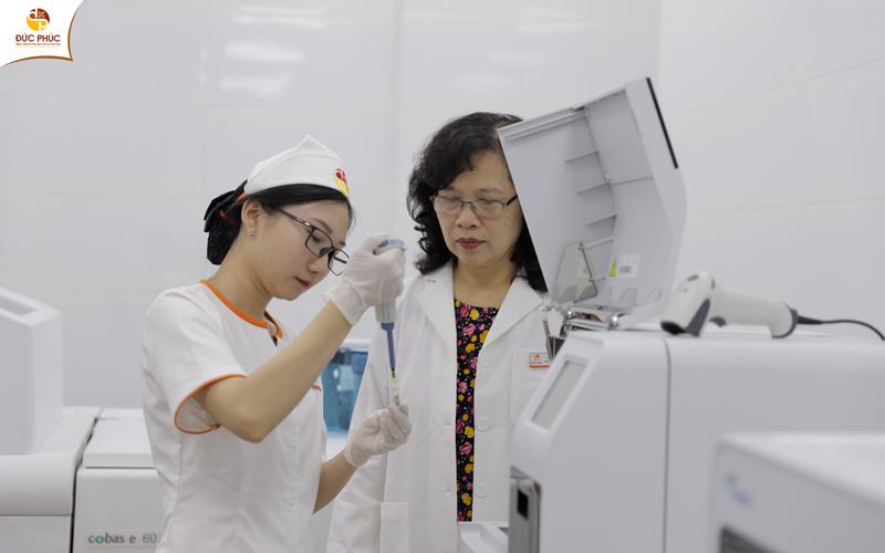 Trong quá trình thăm khám, bệnh nhân sẽ được bác sĩ chỉ định thực hiện các xét nghiệm cơ bản