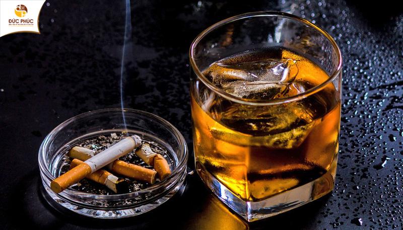 Lạm dụng rượu, bia, thuốc lá làm tăng nguy cơ rối loạn sinh lý ở nam giới